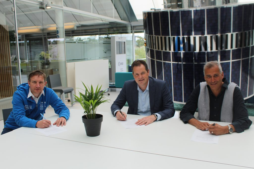 S&T and SBIC Noordwijk sign technical partnership